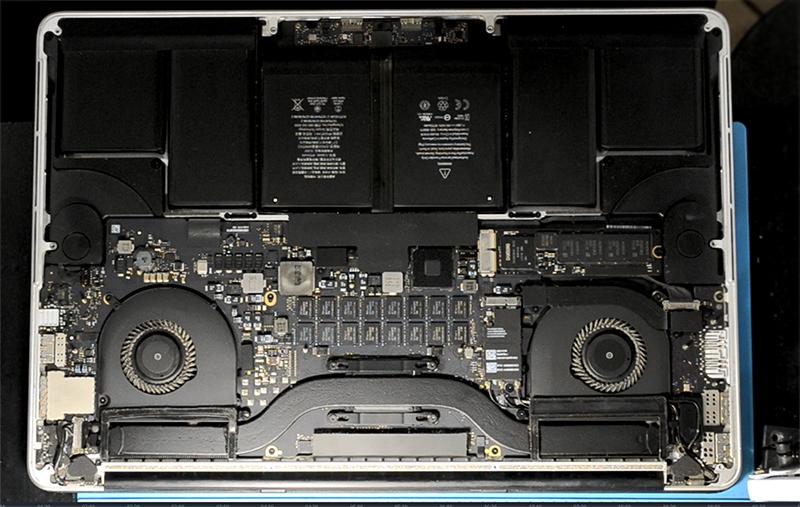 Ремонт MacBook Pro, плата
